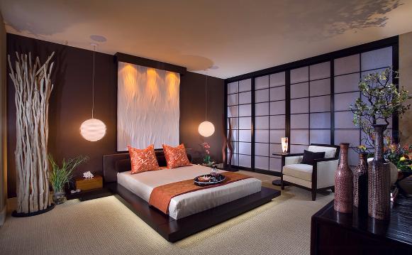 Les Panneaux japonais coulissants donnent à cette chambre un coté zen